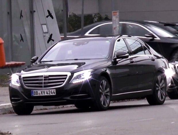 Mercedes-Benz S-Class-1